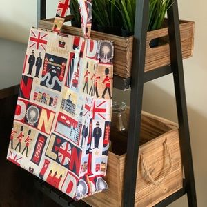 Harrods Iconic London Shoppers Bag